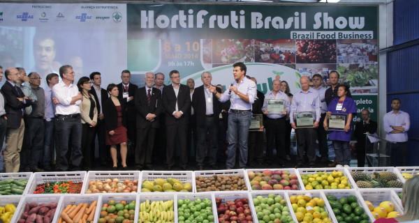 Piattaforme logistiche per alimenti  di qualità, assistenza ai piccoli produttori del Brasile, per le imprese italiane prospettive di business a Curitiba